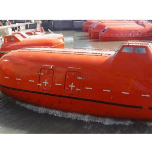 Totally enclosed lifeboat for marine and offshore
